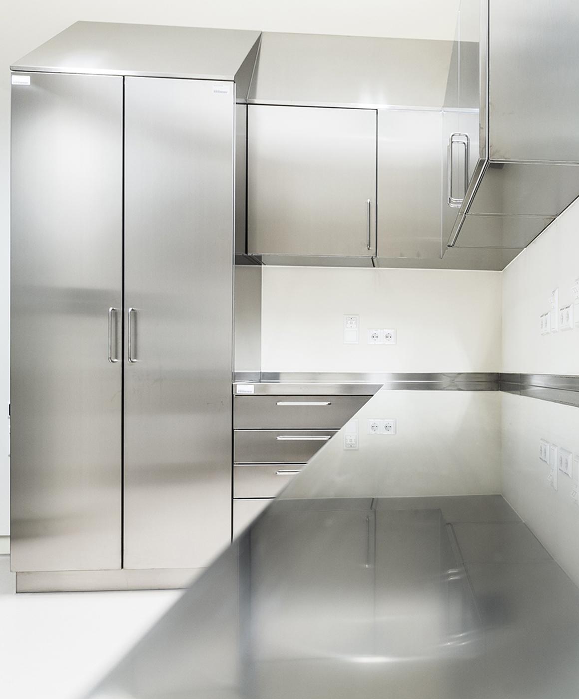Reinraum-Edelstahlmöbel von Kiefer technic